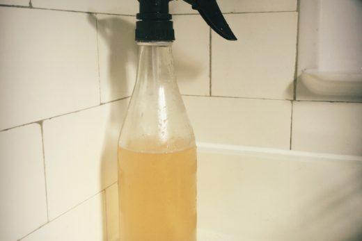 Après-Shampoing Vinaigre de cidre recette de Cléo